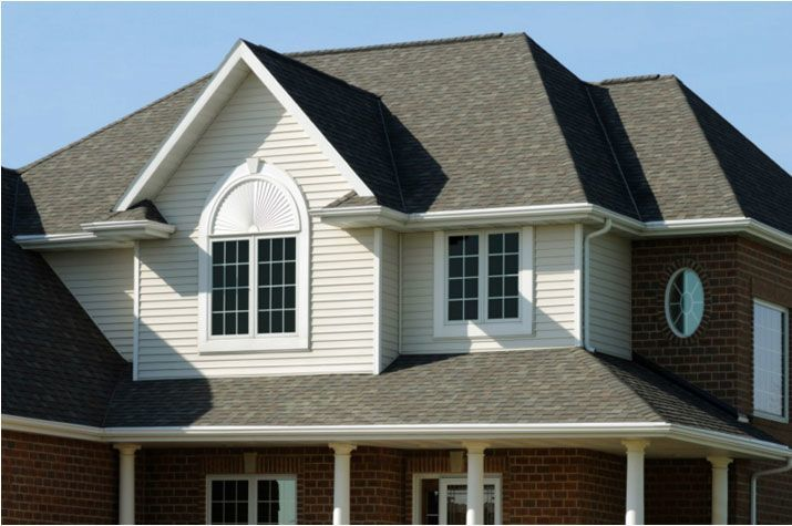 7 Popular Siding Materials To Consider: Best Way To Clean Vinyl Siding Like A Pro